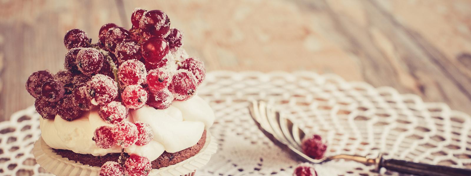 Cupcake mit Johannisbeere